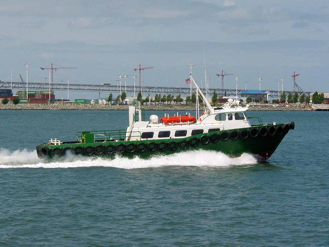 Crew Boat - Lana