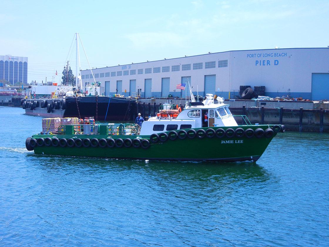Crew Boat - Jamie Lee